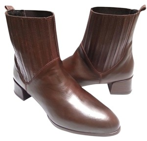 Stuart Weitzman Pull-on Leather Brown Boots