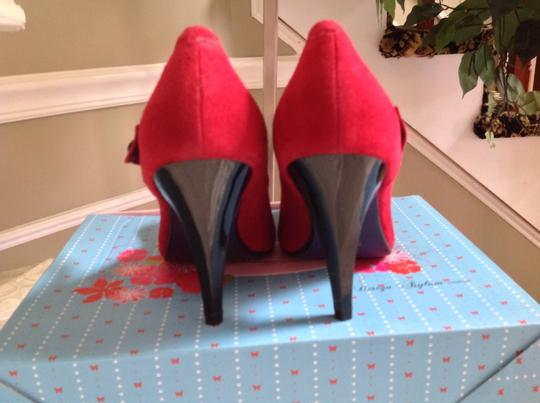 Poetic License Collectors Item Suede Mary Jane Size 6 Red Pumps