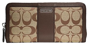 Coach New Coach Park Signature Accordion Zip Around Wallet Khaki/Mahogany