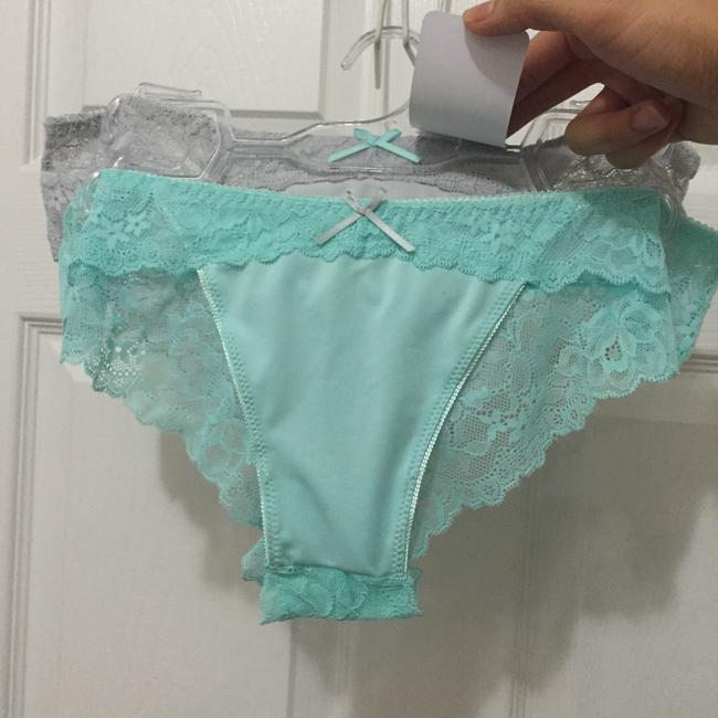 Item - Mint and Grey