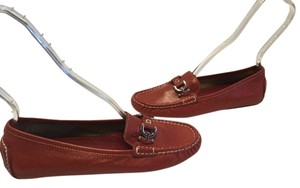 Donald J. Pliner All Leather Padded Insoles Silver Stirrups Like Driving Red Flats