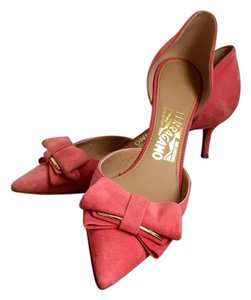 Salvatore Ferragamo Low Heels Pink Pumps