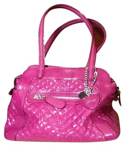 Guess Tote in patent hot pink