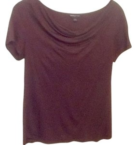 Banana Republic T Shirt Burgundy