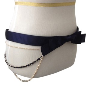 Chanel Chanel Pearl Bow Belt