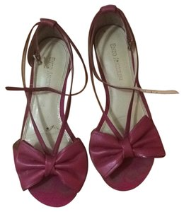 Enzo Angiolini Pink Wedges