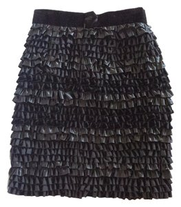 Velvet Ruffles Skirt Black