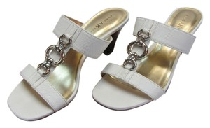 AK Anne Klein Size 7.00 M Reptile Design Very Good Condition White, Sandals
