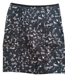 Ann Taylor LOFT Print Fitted Gray Skirt Black