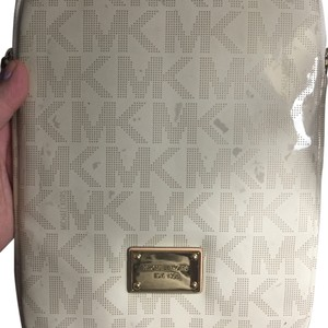 MICHAEL Michael Kors Ipad Zip Case