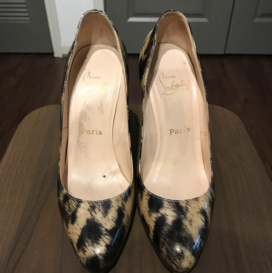 Christian Louboutin Leopard print in patent leather Pumps