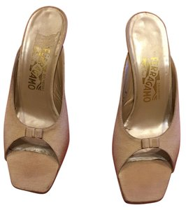 Salvatore Ferragamo Evening Open Toe Beige Pumps