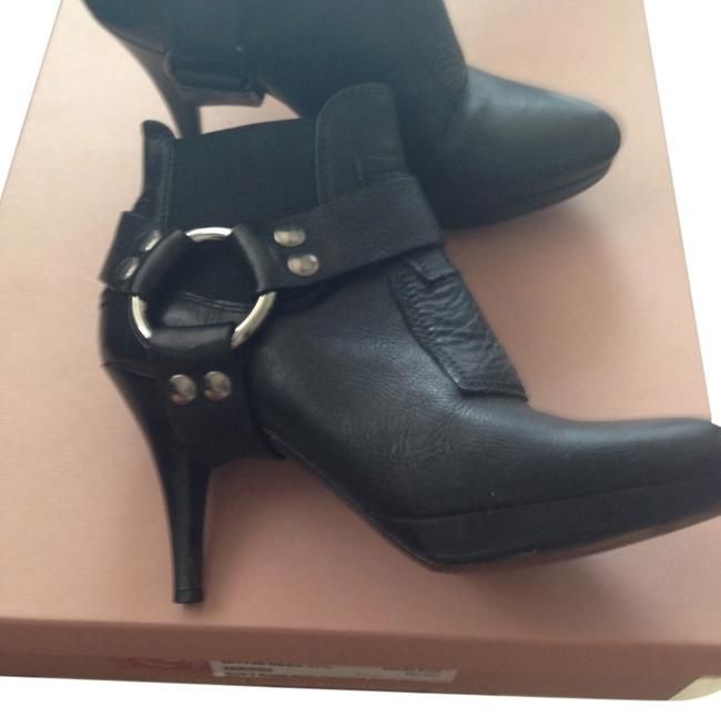 Item - Black Box I Have The But Can Not Ship It Because It Is Really Big Boots/Booties Size US 7.5 Regular (M, B)
