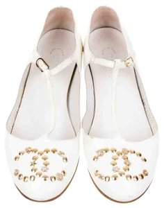 Chanel Gold Hardware Leather Ankle Strap Interlocking Cc Studded White, Gold Flats