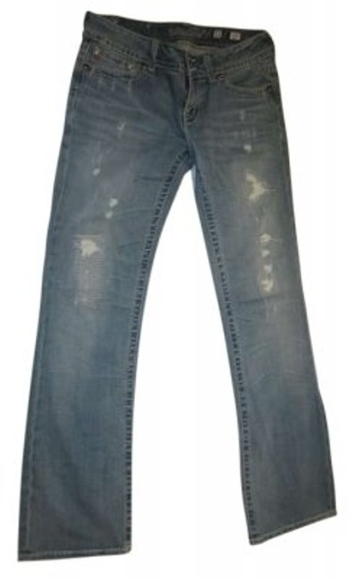 Preload https://img-static.tradesy.com/item/143157/miss-me-light-blue-wash-w-distress-w-and-rhinestonecarved-button-details-boot-cut-jeans-size-31-6-m-0-0-650-650.jpg