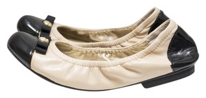 Tahari Nude Black Leather nude/black Flats