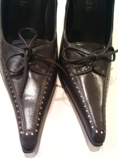 Kenneth Cole Brown Pumps