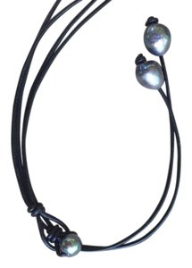 Black Pearl Leather Necklace