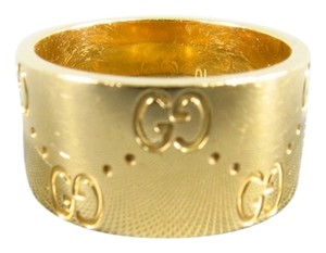Gucci GUCCI 18K Gold Monogram Engraved Icon Band Ring
