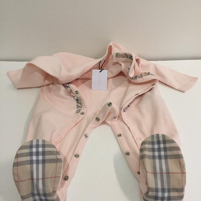 Burberry Burberry Infant Girls' Signature Check Trim Footie Size 9 Months Image 1