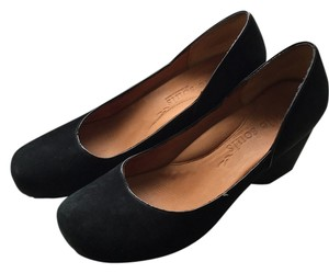 Gentle Souls Black suede Wedges