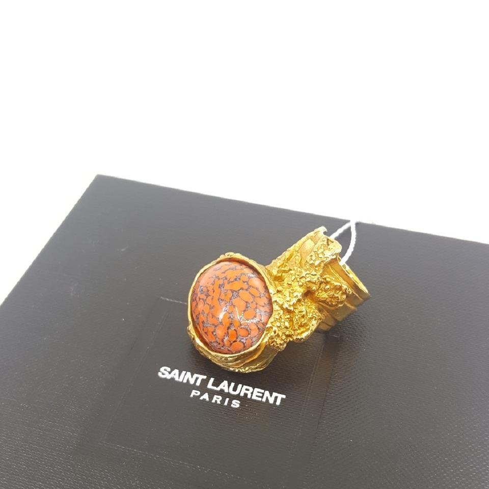 b73111a3f32 Saint Laurent Saint Laurent Yves YSL Arty Oval Ring Coral Glass Set 196994  Size 5 Image. 1234567