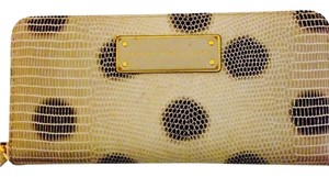 Marc by Marc Jacobs Marc Jacobs Zip Around Wallet