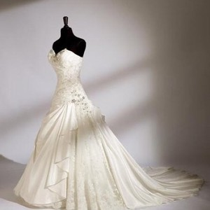 House Of Wu 18760 Wedding Dress
