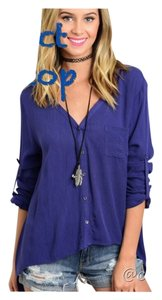 Other Asymmetrical Summer Shark Bite Untucked Women Button Down Shirt Blue
