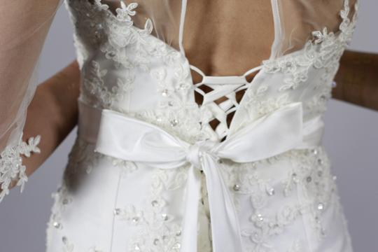 Handmade Half Sleeves Sweetheart Neckline Sheer Top With Lace Applique Crystal Beaded Belt Mermaid Style White Lace Gown Wedding Dress