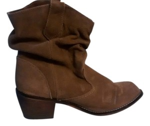 Steve Madden Tobacco Boots