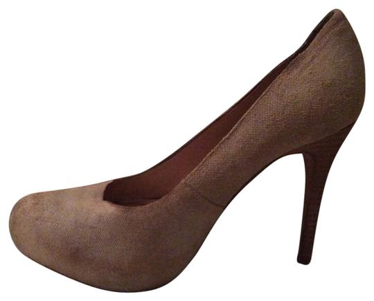 Modern Vintage textured nude Pumps