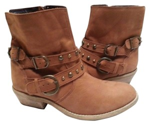 Steve Madden Studded Ankle Leather Cognac Boots