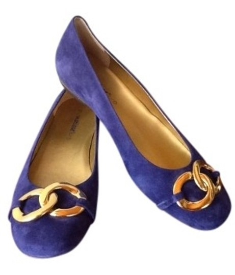 Preload https://img-static.tradesy.com/item/143346/matisse-royal-blue-suede-flats-size-us-75-0-0-540-540.jpg