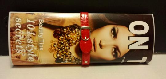 Other Magazine Print Celebrity Red Multi Clutch