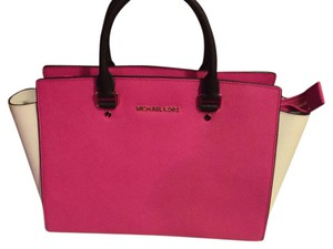 Michael Kors Satchel in Pink, white, black