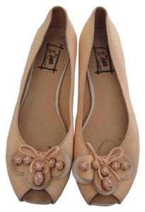 Sacco Leather Peach Flats