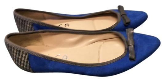Preload https://img-static.tradesy.com/item/14340304/unisa-cobalt-blue-flats-size-us-65-regular-m-b-0-3-540-540.jpg