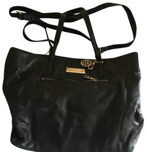 DKNY soft leather black bag. Purchased for $150. Sell for $50. Lightly used. Great condition. Tote in Black