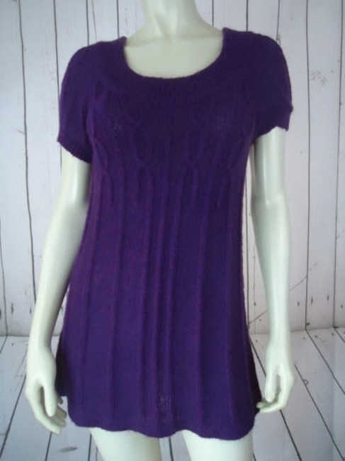Preload https://img-static.tradesy.com/item/14341216/mng-sportswear-sweater-purple-pullover-fuzzy-mohair-acrylic-blend-trapeze-chic-0-0-650-650.jpg