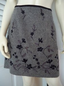 Ann Taylor Mini Wool Blend Floral Applique Beads Embroidery Lined Hot Mini Skirt Grays
