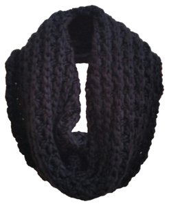 Old Navy knitted infinity scarf