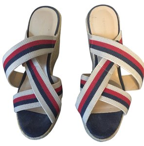 Tommy Hilfiger Red, blue, & tan Wedges