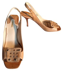 Max Studio Studded Leather Tan Pumps