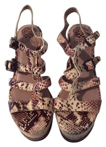 Vince Camuto Canyon Brown Wedges
