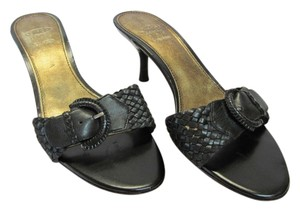 Joan & David Size 8.50 M Leather Very Good Condition Black Sandals