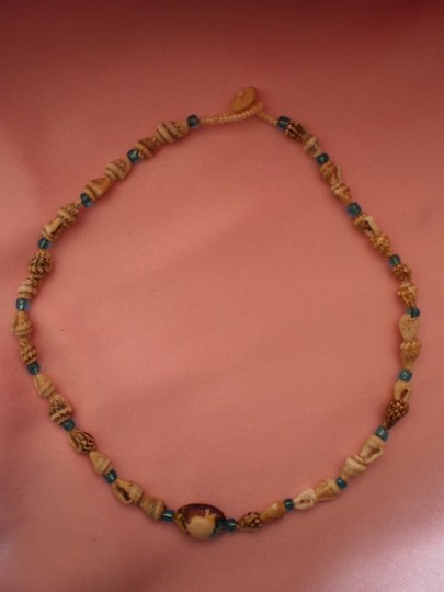 Other Shells & Beads Necklace