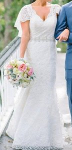 Allure Bridals Allure Wedding Dress