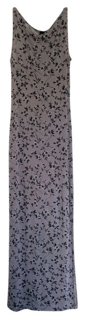 Preload https://img-static.tradesy.com/item/14347264/grey-floral-long-casual-maxi-dress-size-8-m-0-1-650-650.jpg