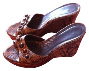 Wedge brown snakeskin Wedges